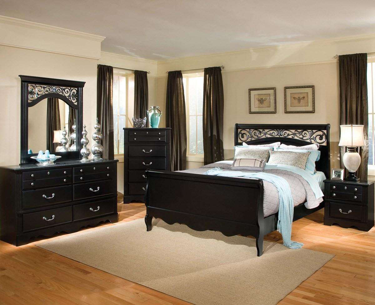 Painting wood bedroom furniture black