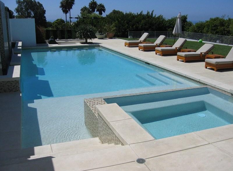 Malibu Residence Pool Design
