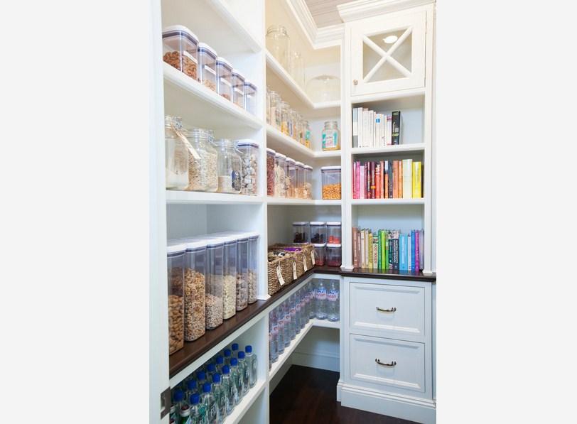 Simple Corner Pantry Design
