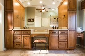 Traditional Bathroom Cabinet
