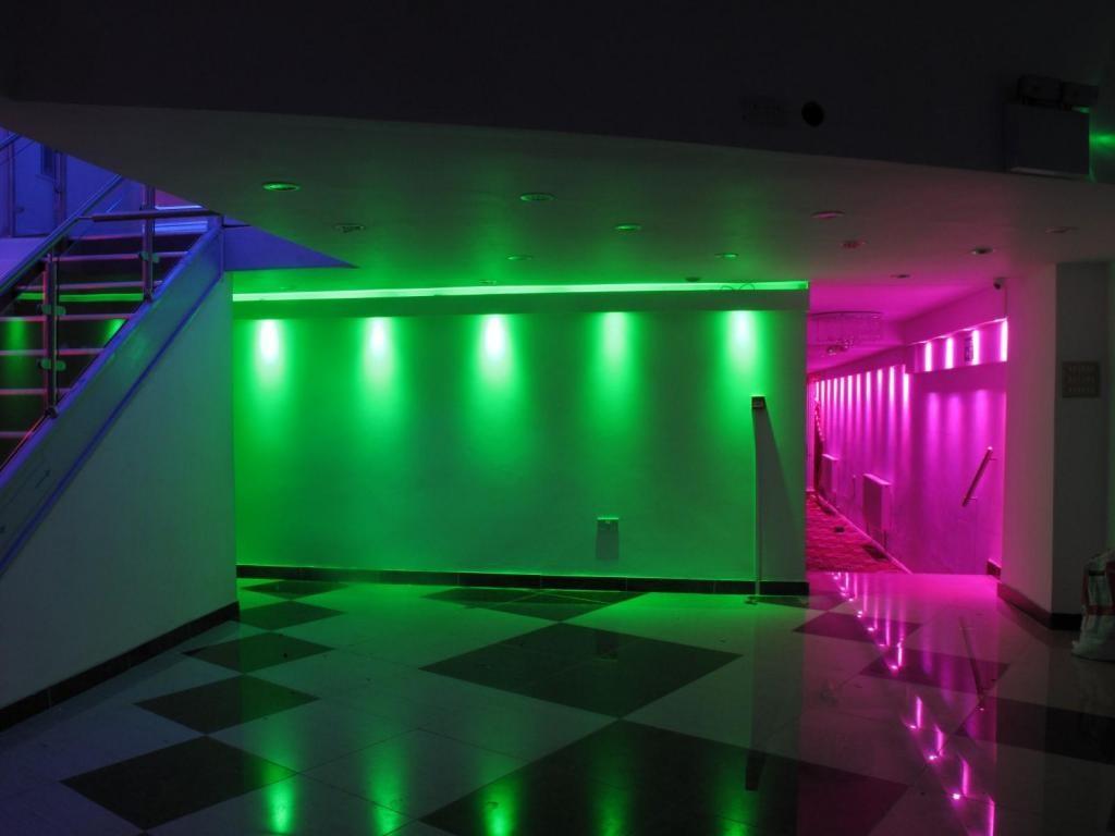 Atrracive Colorful Led Lights Decor (Atrracive Colorful