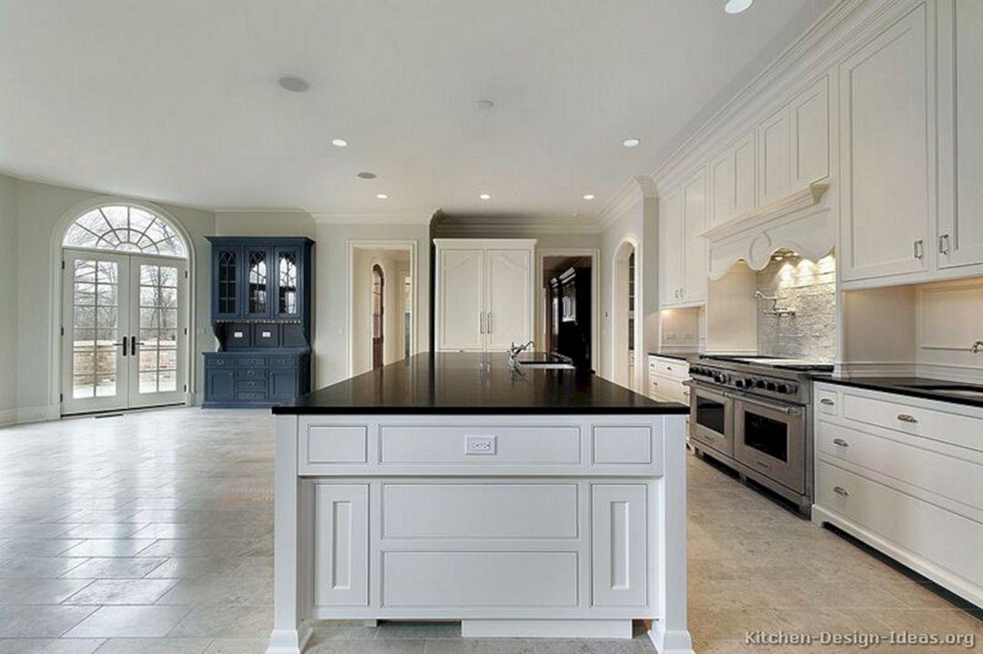 Traditional white kitchen traditional white kitchen for Traditional white kitchen designs