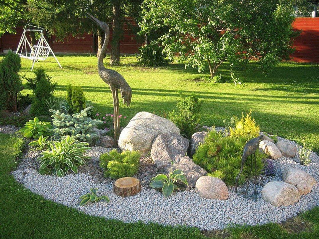 Красивые горки в саду