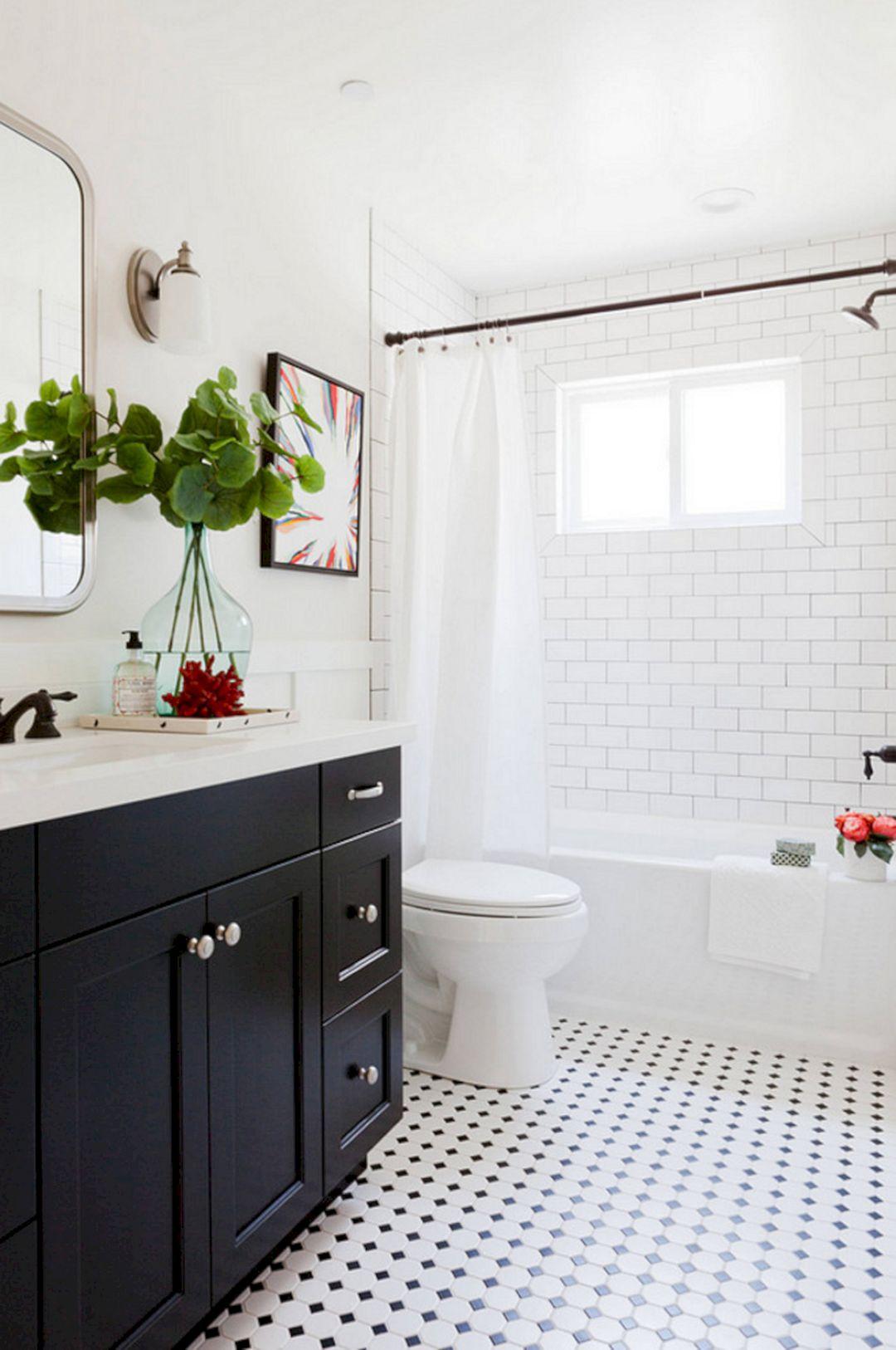 Traditional Bathroom Tile Design Ideas (Traditional Bathroom Tile ...